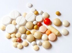 It is important to take regular medication after frozen shoulder surgery so that you can keep your arm moving